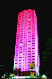 Grattacielo Cesenatico in rosa