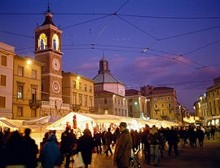 Piazza Cavour con i mercatini di Natale, Rimini